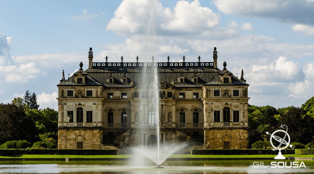 Palácio no centro do Großer Garten (Grande Jardim)