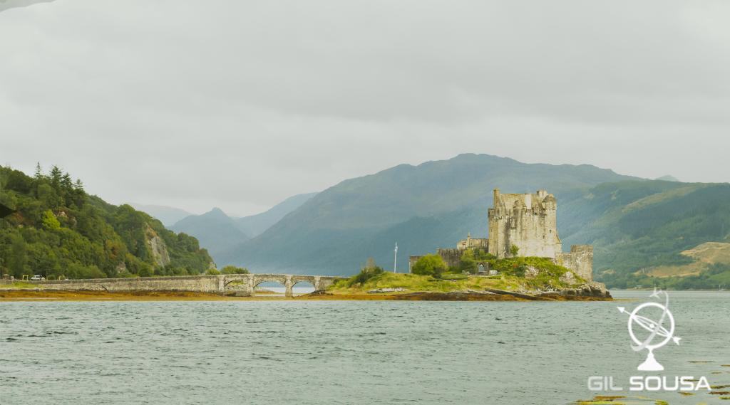 Vista para o Castelo Eilean Donan