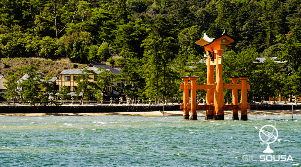 The torii with high tide