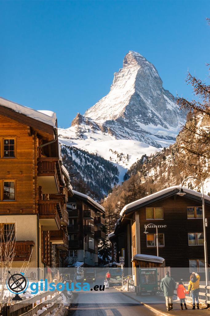 Vista para o Matterhorn de Zermatt