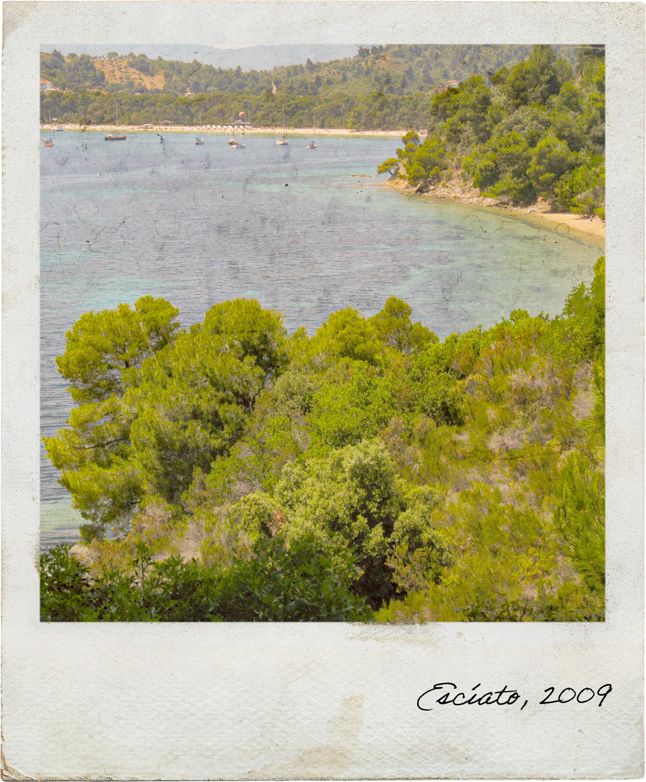 Praia na ilha de Escíato