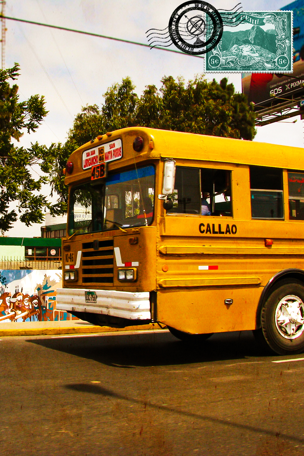 Another old bus in Lima
