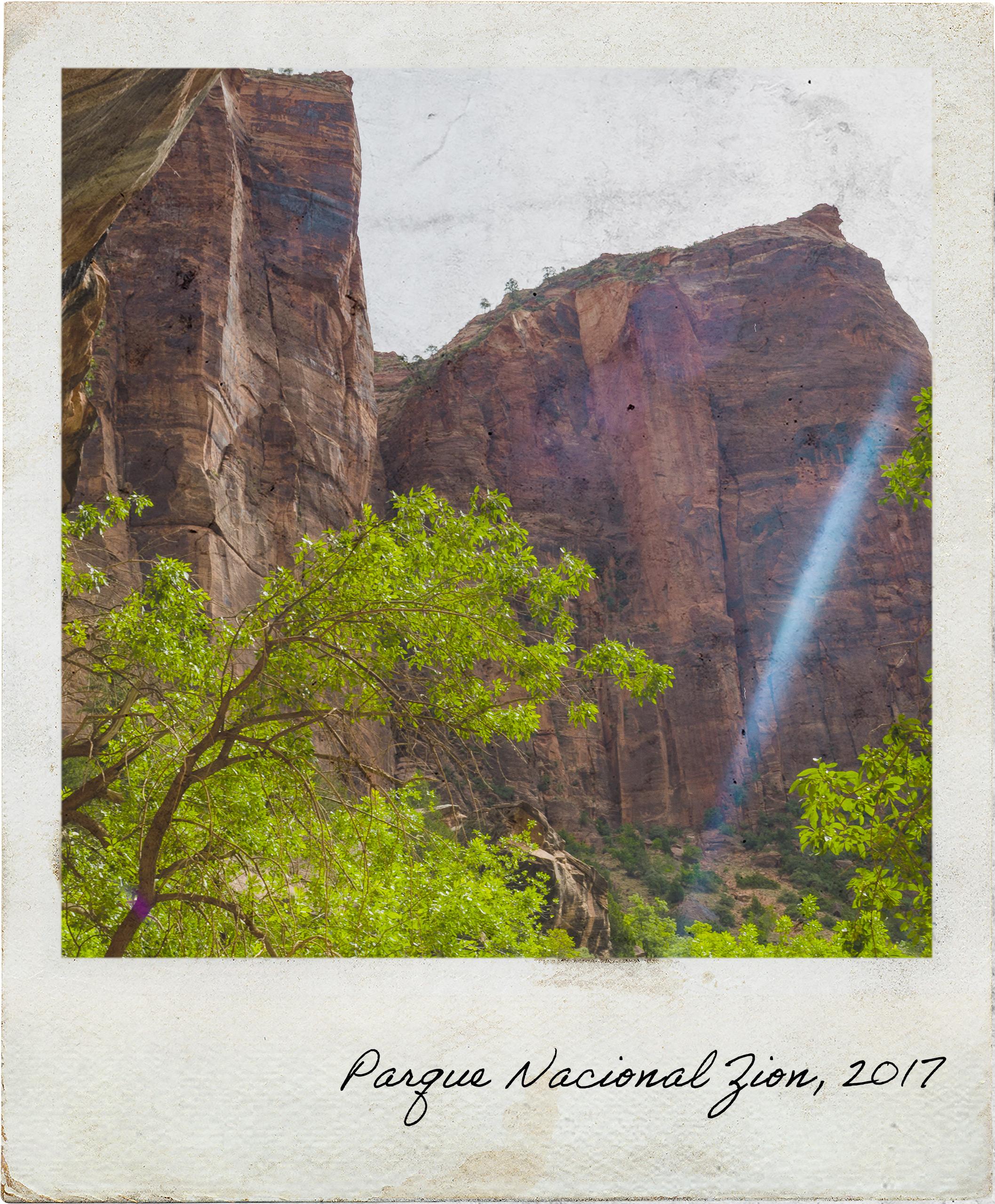 Escarpas do Parque Nacional Zion