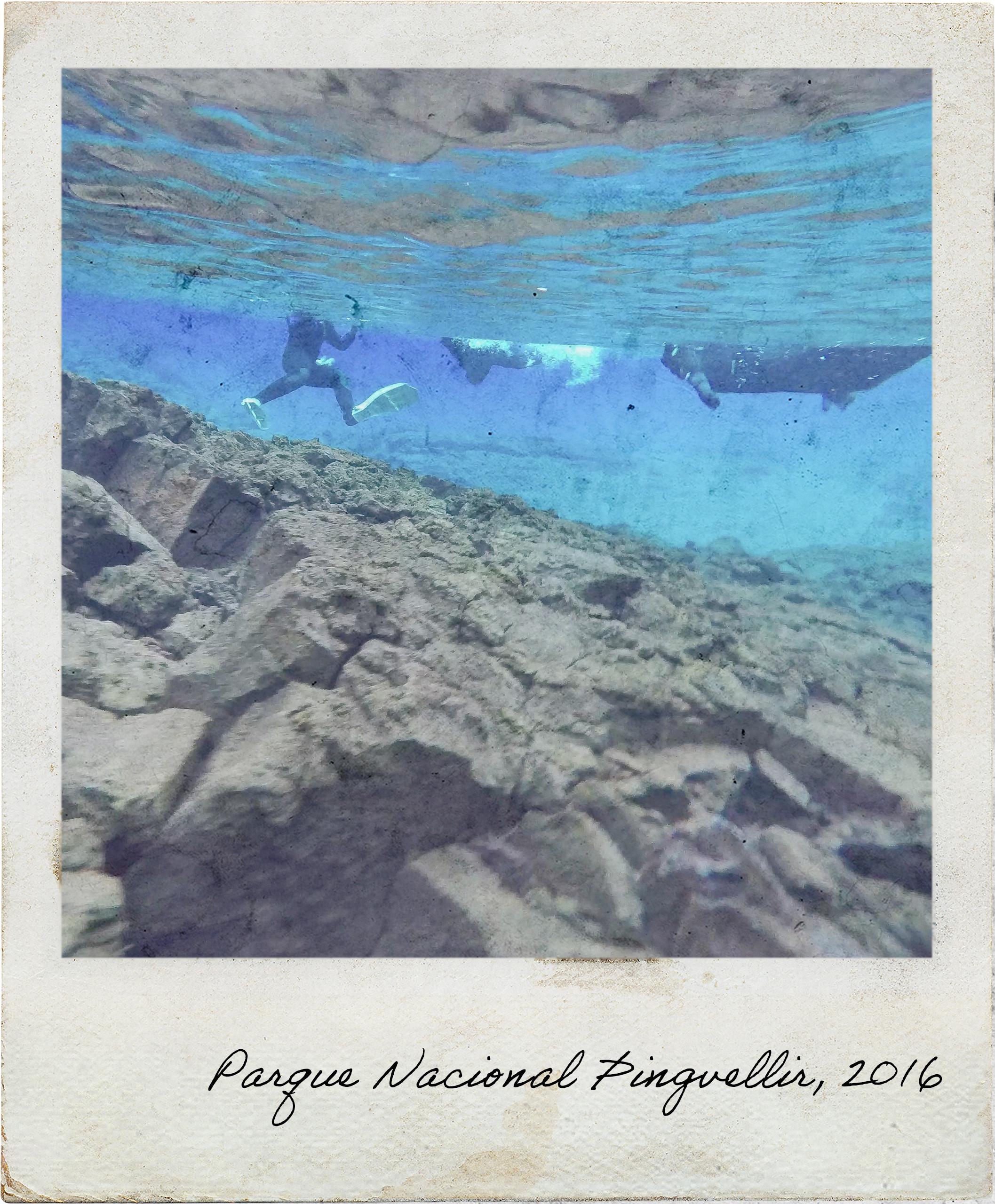Visibilidade subaquática incrível em Silfra