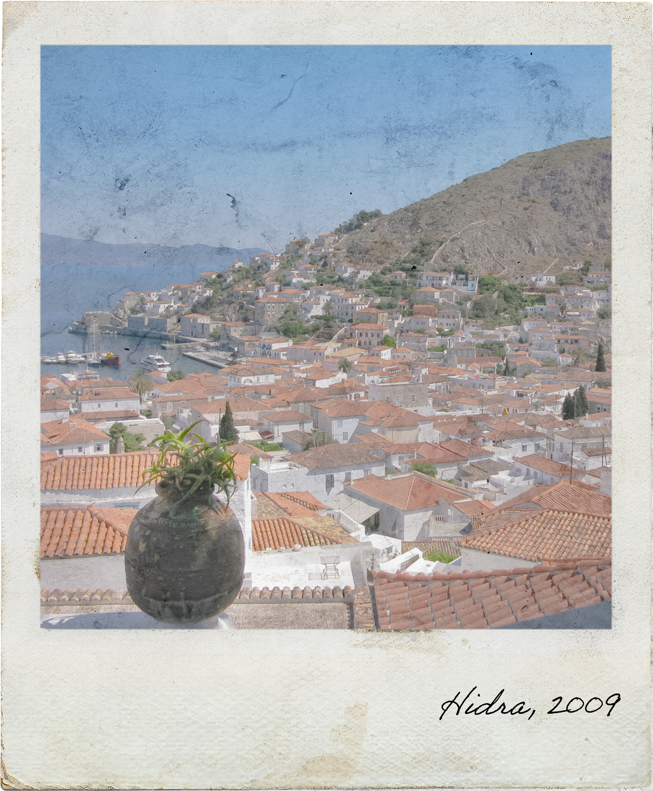 Overview of Hydra town